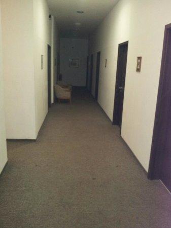 Potsdamer Inn:                                     room