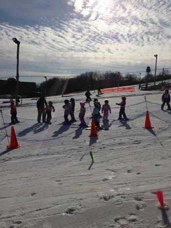 Four Lakes Ski Area :                   lessons