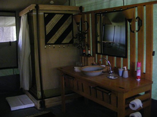 Porini Lion Camp:                   Bathroom