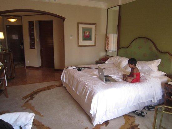 Sheraton Imperial Kuala Lumpur Hotel:                                     The room