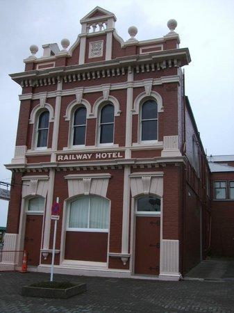 Victoria Railway Hotel:                   Victorian charm