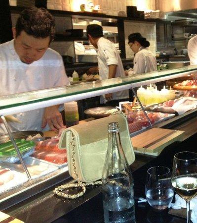 Sokyo :                   Sushi bar