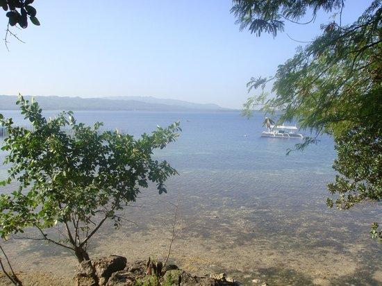 Isla Hayahay:                   Ocean