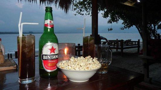 Zipp Bar Restaurant & Bungalows:                   Large Bintang, Long Island Ice Tea and free popcorn !