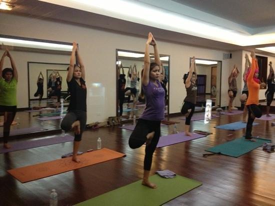 Ao Nang Yoga :                   feel good after do this classes