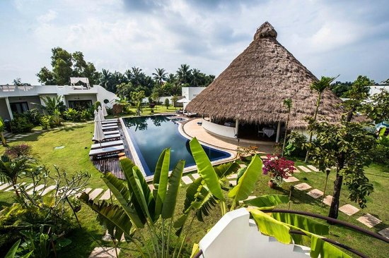 Navutu Dreams Resort & Spa: 2 Navutu Dreams Sport Pool