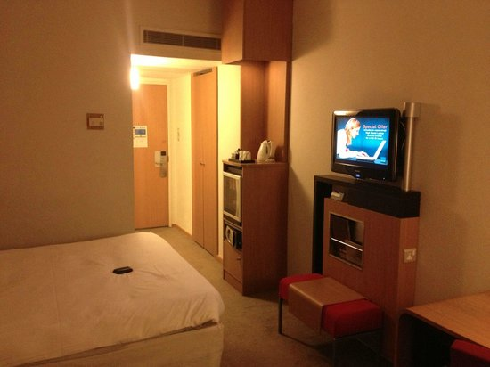 Novotel London West:                   Room 5067