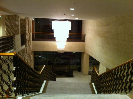InterContinental Budapest:                   Hotel lobby & surroundings