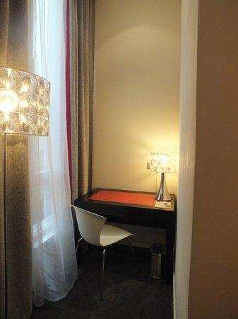 โรงแรมเรด & บลูดีไซน์ ปราก:                   Угловой номер