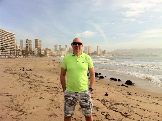 Playa de Poniente:                   beautiful beach with levante in background