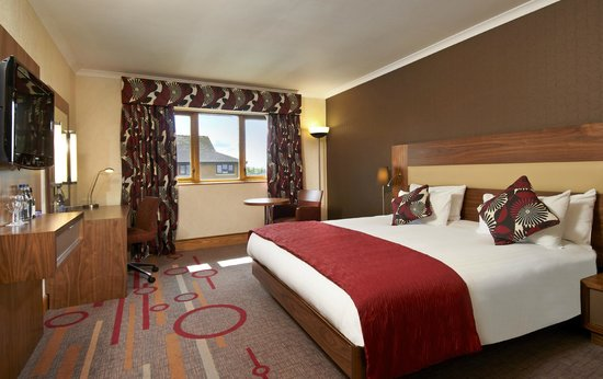 DoubleTree by Hilton Coventry: Bedroom
