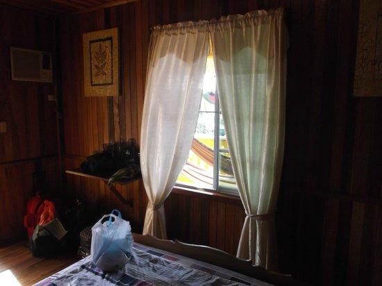 Hostal Bastimentos: Notre chambre.