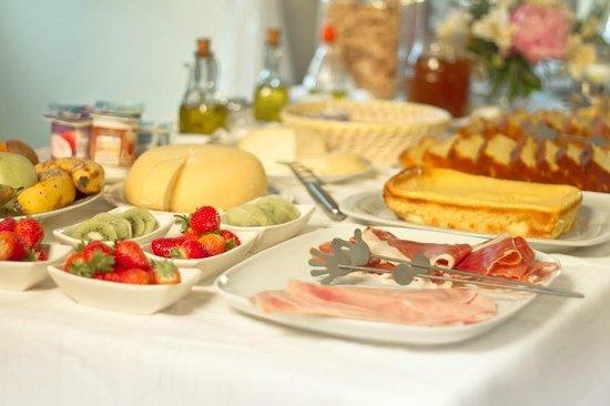 Desayuno picture of casa de casal lestedo tripadvisor - Desayunos en casa ...