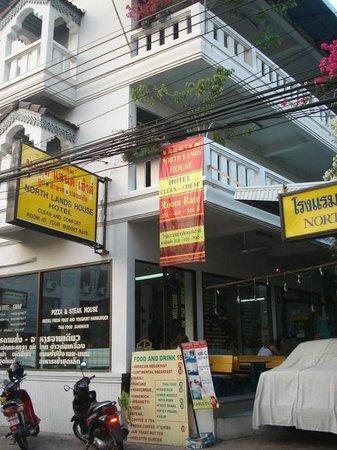 Northlands House Hotel:                   Hotel entrance