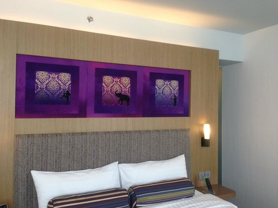 Aloft Bangkok - Sukhumvit 11:                   Decoration