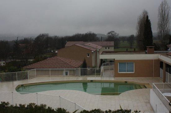 Lagrange Prestige Residence les Bastides des Chaumettes:                   piscine (attention: photo prise en hiver !)