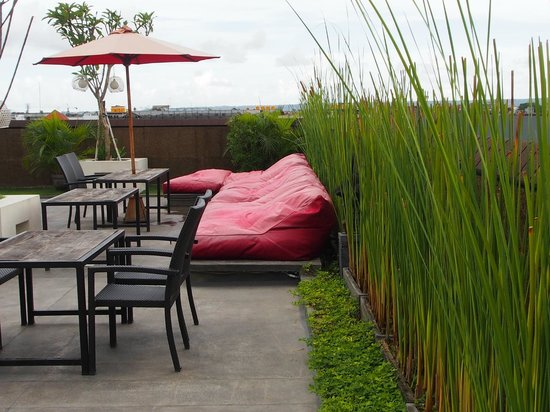 Jocs Boutique Hotel & Spa:                   relax at the roof top bar
