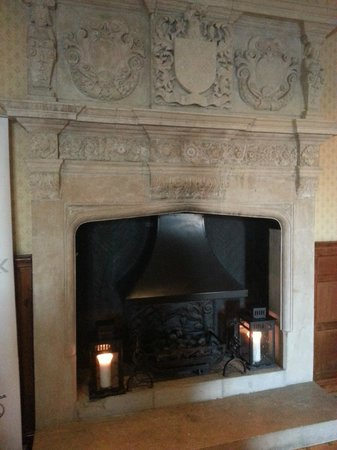 Horwood House:                   Fireplace in reception