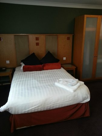 Horwood House:                   Comfortable bed in room 151