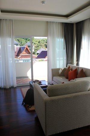 羽普吉島卡倫海灘酒店照片