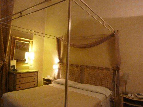 Hotel Cosimo de' Medici: letto