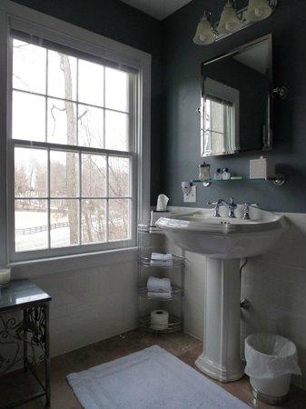 The Millbrook Inn:                   Bathroom