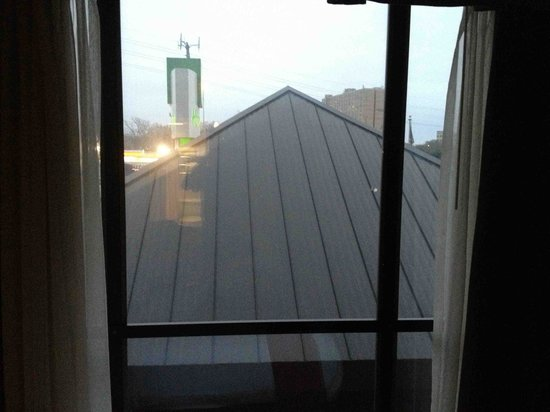 Holiday Inn Austin-Town Lake:                   Room with a view...of a roof!