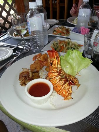 Mmmmm lobster picture of spring garden seafood steakhouse ocho rios tripadvisor for Spring garden jamaican restaurant