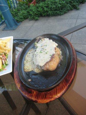 Amanaki Hotel:                                     Hubbys Steak....he loved it
