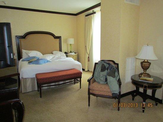 Hotel du Pont:                   Mi cuarto