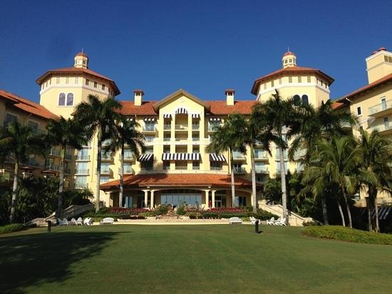The Ritz-Carlton Golf Resort, Naples:                   Lovely hotel