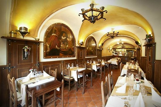 เรสซิเดนซ์ ยู เซิร์นเนโฮ ออร์ล่า: Hotel restaurant