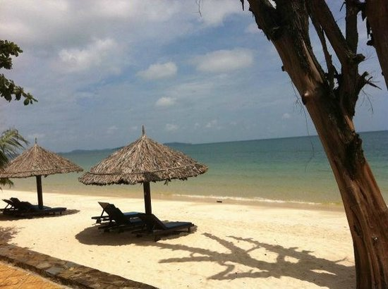 Sokha Beach Resort:                   beach