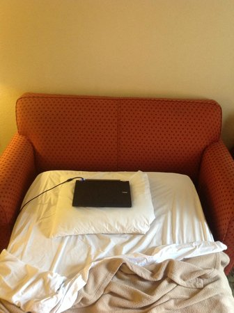 Comfort Inn & Suites Pottstown:                                     narrow and lumpy sofabud with mini-pillow small/medium lapto