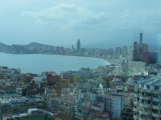 Hotel Madeira Centro:                   View from 20th floor.