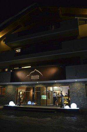 Alpinhotel Monte:                   voorkant hotel