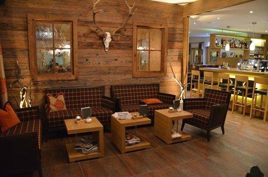 Alpinhotel Monte:                   gezellige bar
