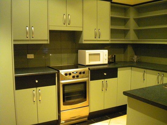 Mansions on Pulteney:                                     kitchen