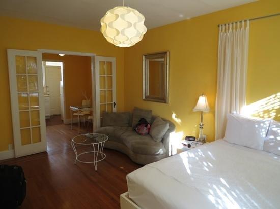 Villa Paradiso: del dormitorio viendo a la cocina