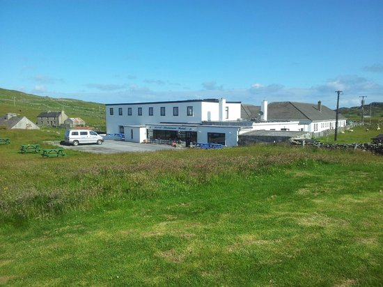 Doonmore Hotel : More clear blue skies than the mainland