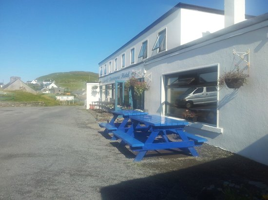 Doonmore Hotel: Early morning peace and quiet outside the Doonmore