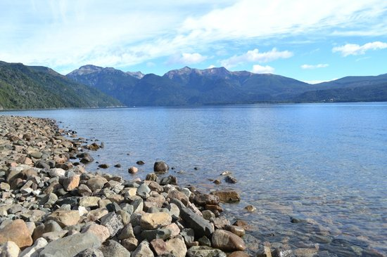 Hosteria Futalaufquen:                   el lago