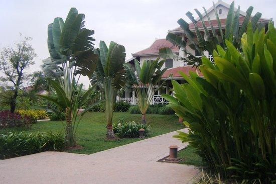 The Luang Say Residence:                   Giardino dell'Hoyel