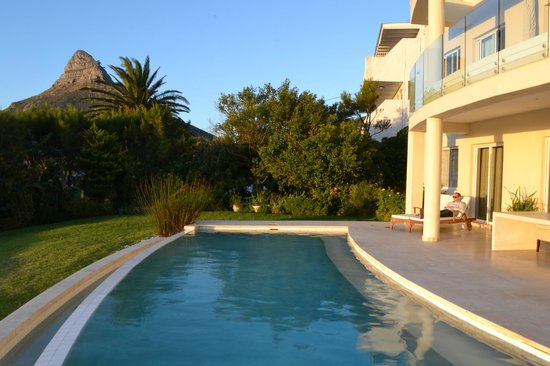 Atlantic Suites Camps Bay:                                     pool