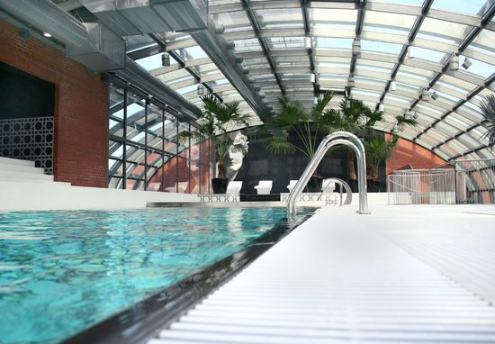 City Park Hotel & Residence: Pool