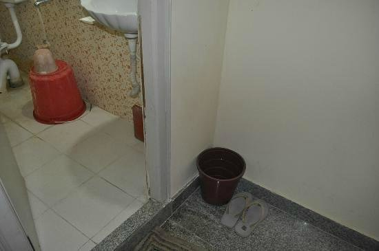Shreyas Residency Hotel:                   this is the type horrible environment we get to view when we enter in the room