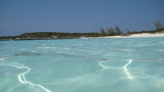 Out-Island Explorers Day Charters:                   Beautiful beaches