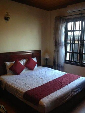 Huy Hoang River Hotel:                   Superior Room