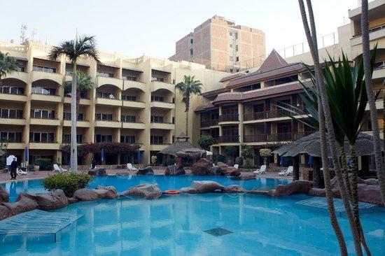Amarante Pyramids Hotel:                   プール