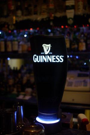 Menai Bank Hotel: Yes - We have Guinness too:-)